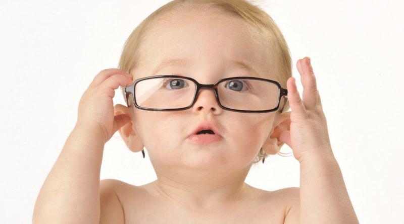 Bảo vệ con trẻ khỏi tật cận thị